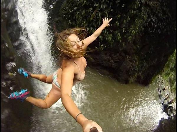 The 21 Most Extreme Selfies