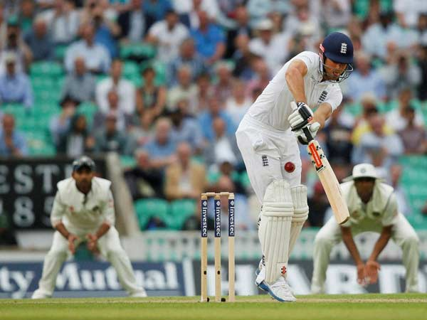 England Tighten Grip With 237 Run Lead
