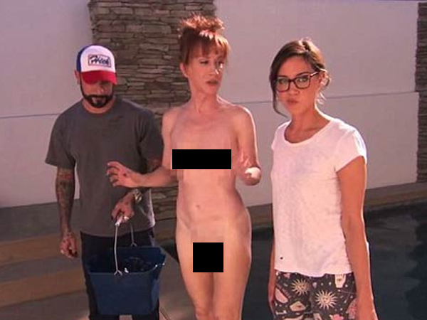 Kathy Griffin Completes The Als Ice Bucket Challenge Naked