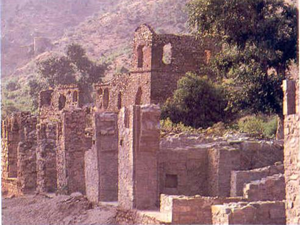 Interesting Facts About Bhangarh Fort Jaipur