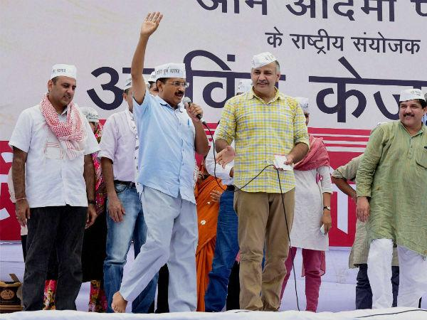 Aaps Tryst With Sting Operations When And Where Aap Involve In Sting Operation