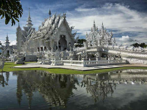 See Pics The Beautiful White Temple Thailand
