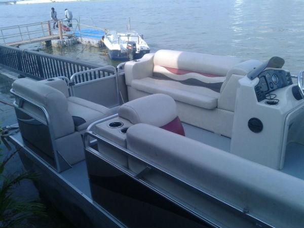 Photo Narendra Modi Xi Jinping Boating In Special Boat At Sabarmati Riverfront