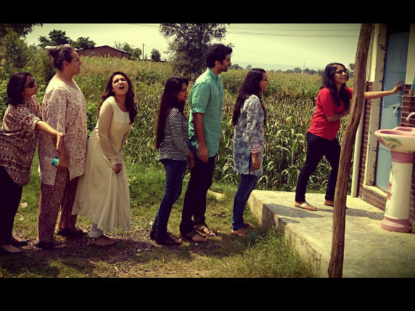 Aditya Roy Kapoor Parineeti Chopra Hard Wait For Loo