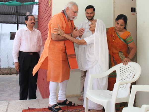 Pm Narendra Modi Feels More Safety Mother State Gujarat Less Security Visiting Hiraba