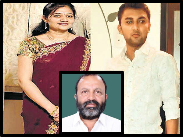 Gujarat Porbandar Mp Vitthal Radadiya Given 100 Crore Daughter In Law Re Marriage