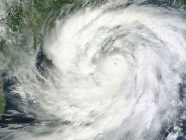 All Eyes On Cyclonic Storm Hudhud 51 Teams On High Alert