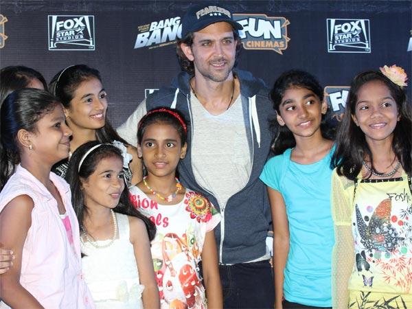 Pics Bang Bang Special Screening To Kids By Hrithik Roshan