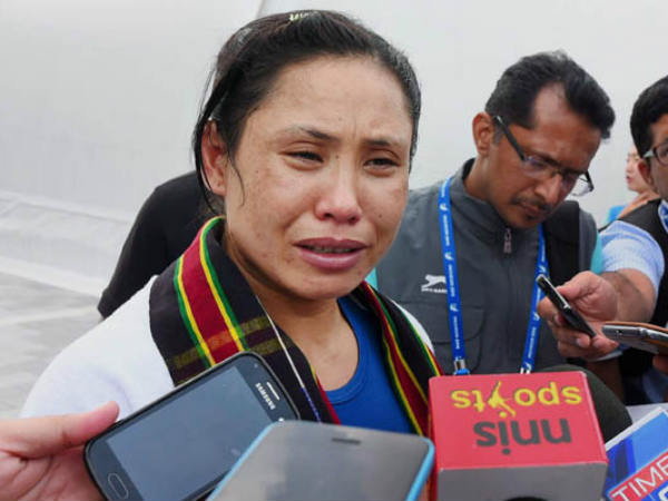 Aiba Suspends Boxer Sarita Devi Coaches And Chef De Mission
