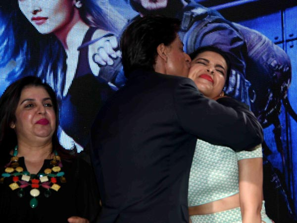 Shower Of Kisses At Shahruk Khan Happy New Year Sharabhi Song Launch
