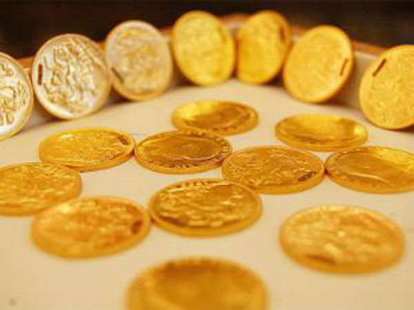 Gold Falls Sharply As Us Economic Data Improves