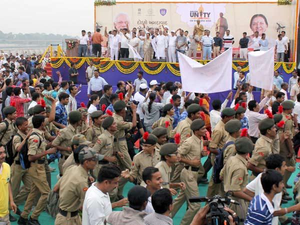 Anandiben Patel Flags Off Run Unity Gujarat