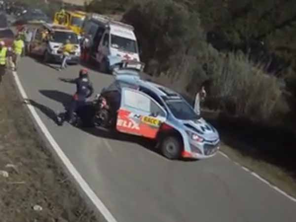 Rally Driver Changes Flat Tyre Lightning Speed