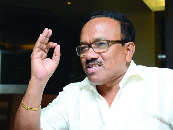 Goa Cm Who Is Laxmikant Y Parsekar