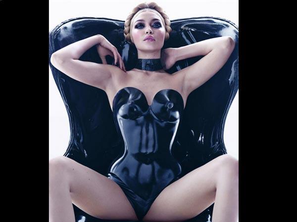 Pirelli Calendar Girls 2015 Gigi Isabeli Adriana Pics