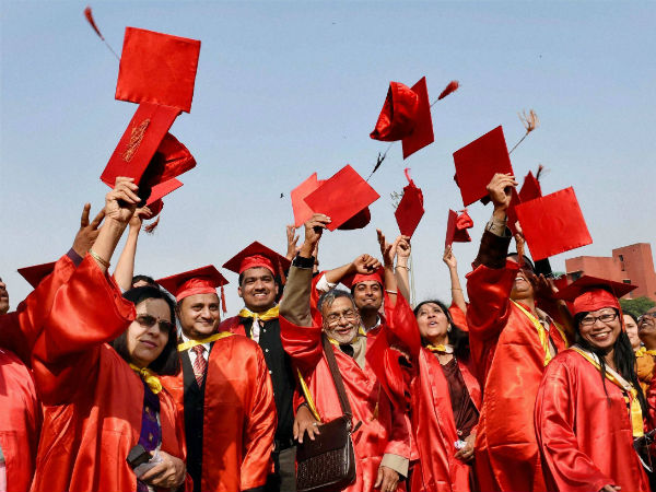 Problems Students Face When Taking An Education Loan India