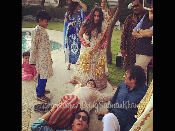 Salman Khan Posts Pics Of Wedding