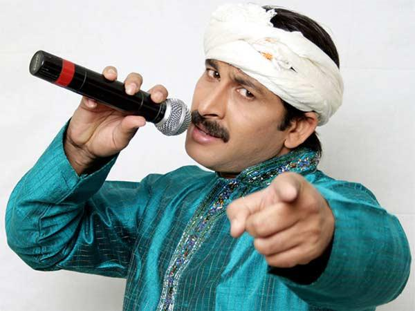 Pm Modi Directs Manoj Tiwari To Stop Acting In Bhojpuri Films