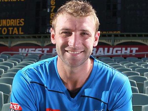 ફિલિપ હ્યૂજની જેમ આ ક્રિકેટર્સ પણ રમત દરમિયાન મોતને ભેટ્યા