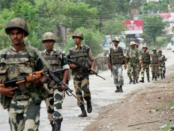 Grenade Blast In Srinagar Injures 7 Civilians 1 Jawan
