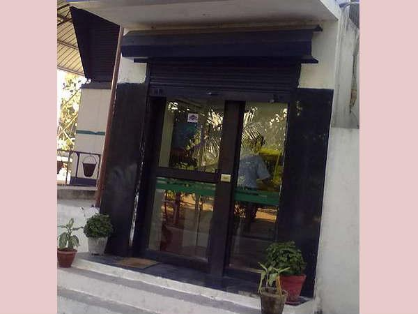 In Daylight City Bank Atm Is Robbed National Capital