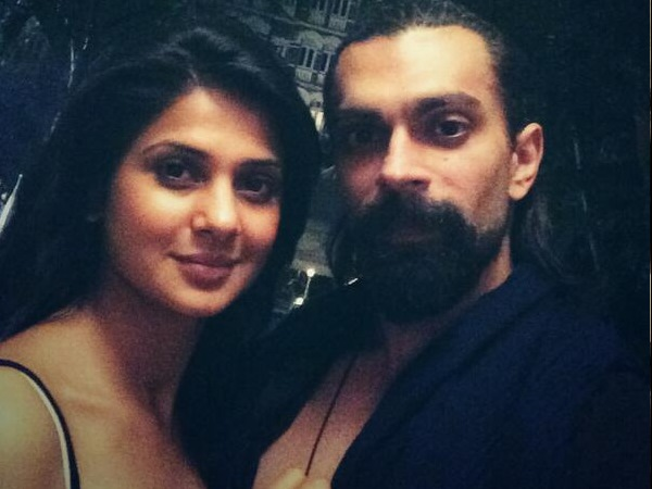 Omg Its Confirmed Karan Singh Grover Jennifer Winget Finally Split