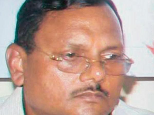Income Tax Raids On Premises Yadav Singh Noida