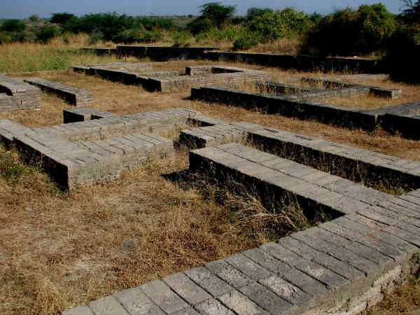 Must Visit Once These Ancient Places Gujarat