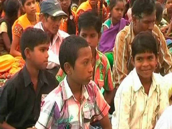 Vhp Holds Ghar Wapsi For 200 Tribal Christians