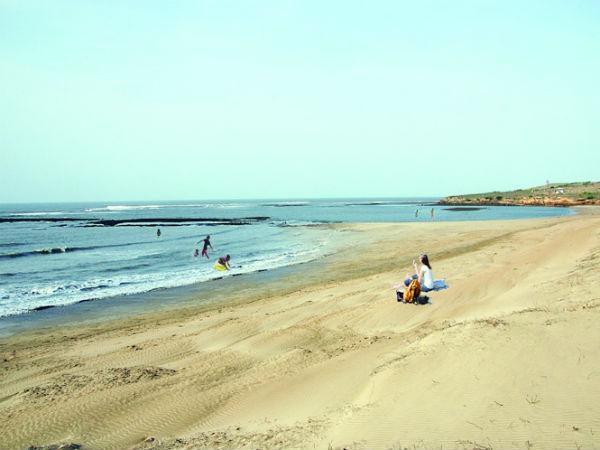 Junagadh S Sarkheshwar Beach See Pics