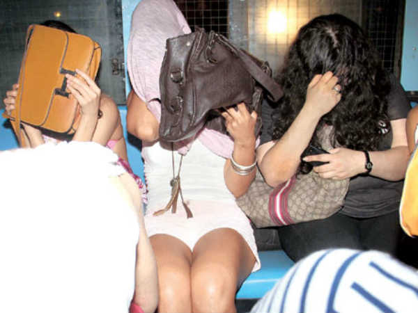 Christmas Rave Party Gurgaon Busted 44 Youth Held