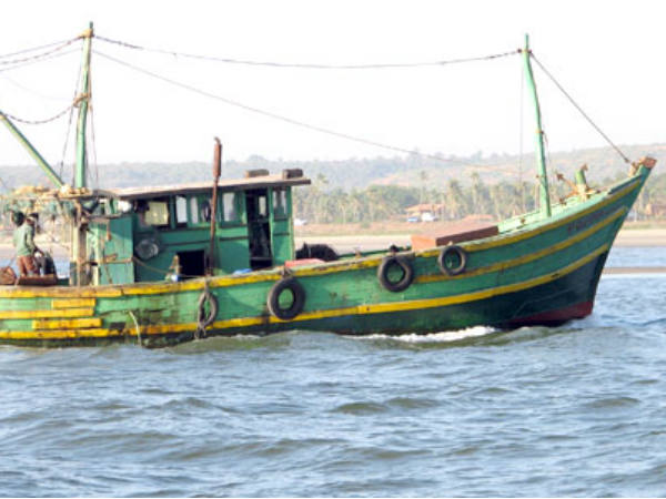 Pak Captures Two Boats With 12 Indian Fishermen Off Gujarat