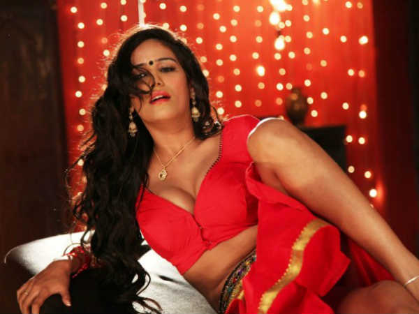Photos Of Indian Actress Poonam Pandey