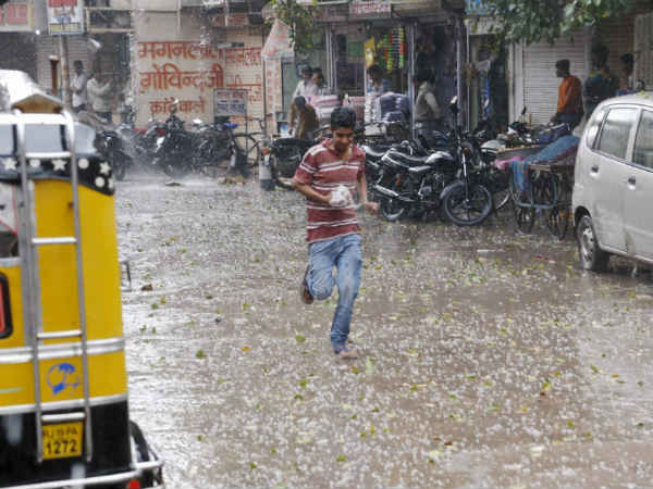 Rain In Delhi Board Examinees In Trouble