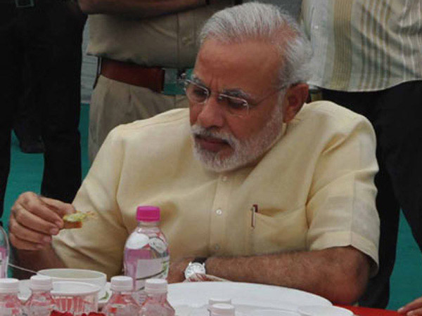 Pm Surprised Fellow Lawmakers With His Rs 29 Lunch Parliament Canteen