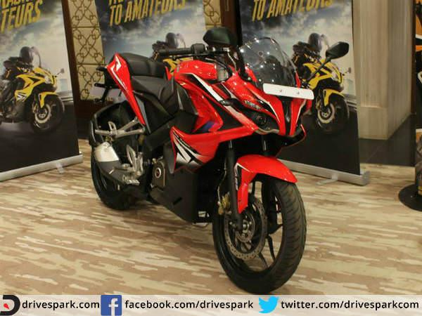 Bajaj Pulsar Rs 200 Launched Ten Stand Out Features Price Engine Specification 025208 Pg