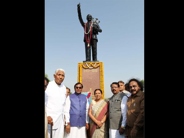 Cm Anandiben Patel Gave Tribute Dr Ambedkar