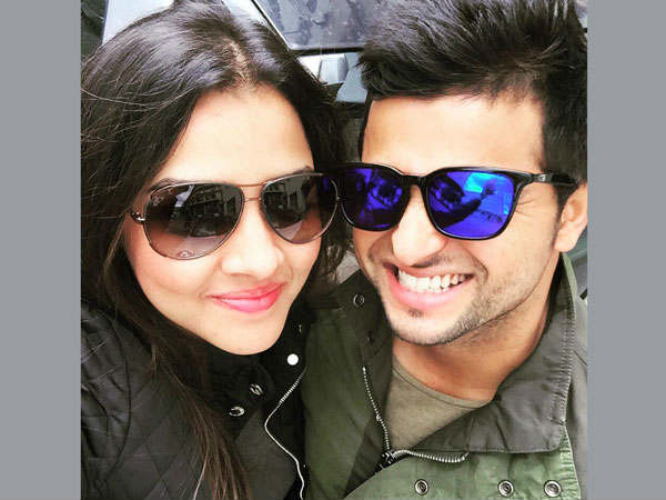 Pics Finally Lovebirds Met Suresh Raina Wife Priyanka Chaudhary In Paris