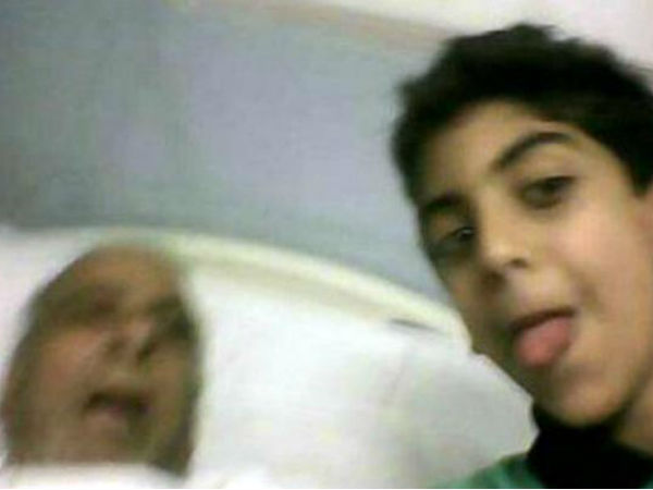 Selfie With Grandfather S Body Draws Social Media Outrage