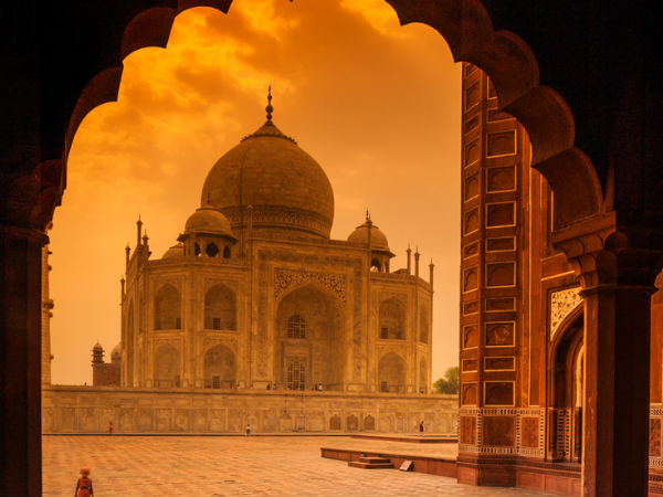 Most Interesting Unknown Facts About Taj Mahal