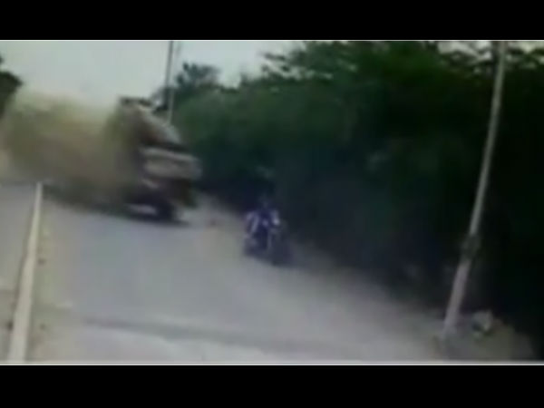 Shocking Footage People Who Dont Have Strong Heart Dont See Video