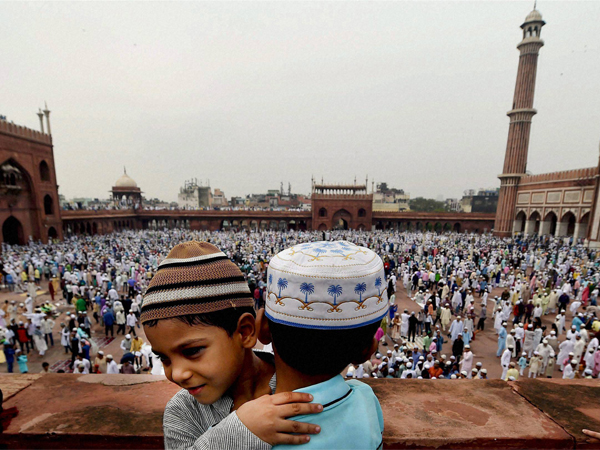 Muslims Offer Prayers Mark The Festival Eid Ul Fitr