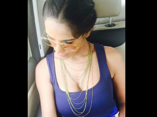 Poonam Pandey Likes Live In Relationships Before Marriage