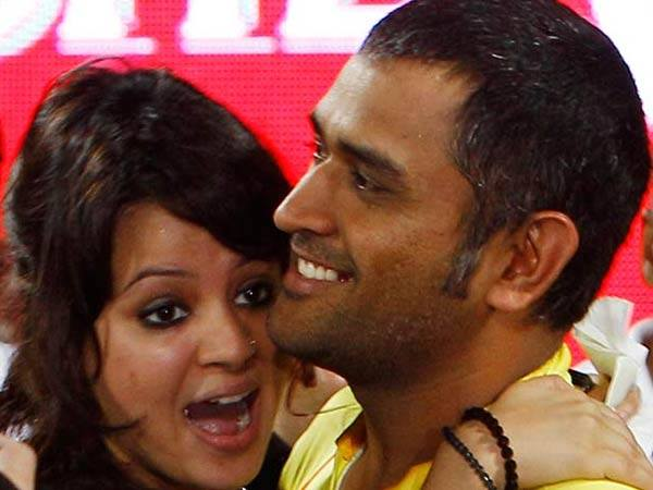 Sakshi Mahendra Singh Dhoni Reveals First Video Daughter Ziva