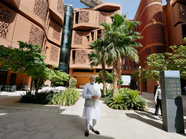 Pm Narendra Modi Visits Uae S Smart City Masdar City
