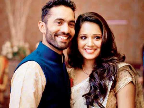 Cricketer Dinesh Karthik Marries Squash Player Dipika Pallikal