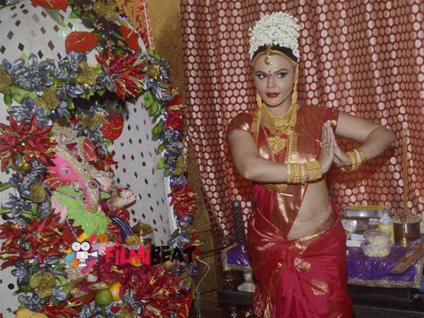 Rakhi Sawant Pictures Celebrating Ganesha Chaturthi Talks About Indrani Mukherjea