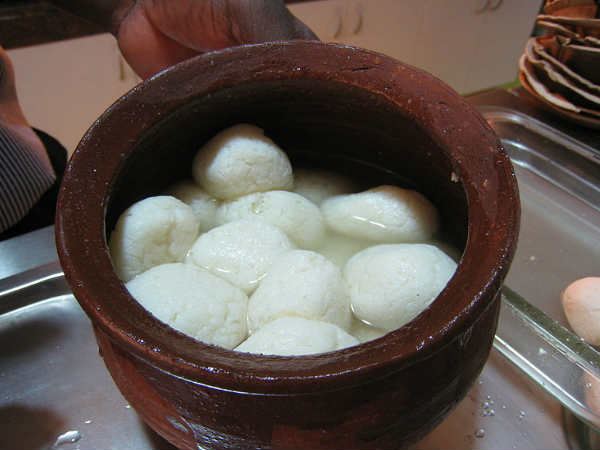 Who Actually Owns Rasgullas West Bengal Odisha Spar Over Sweets Origin