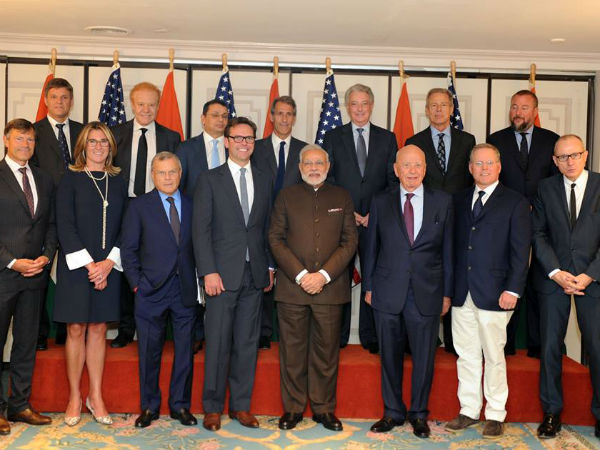 Pm Modi Holds Roundtable With Top Ceos New York Invites Make In India