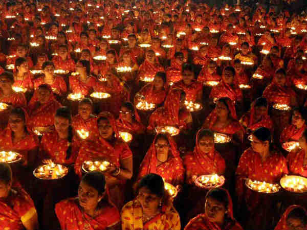 Pics Indians Celebrated Diwali With Full Joy Happinesss